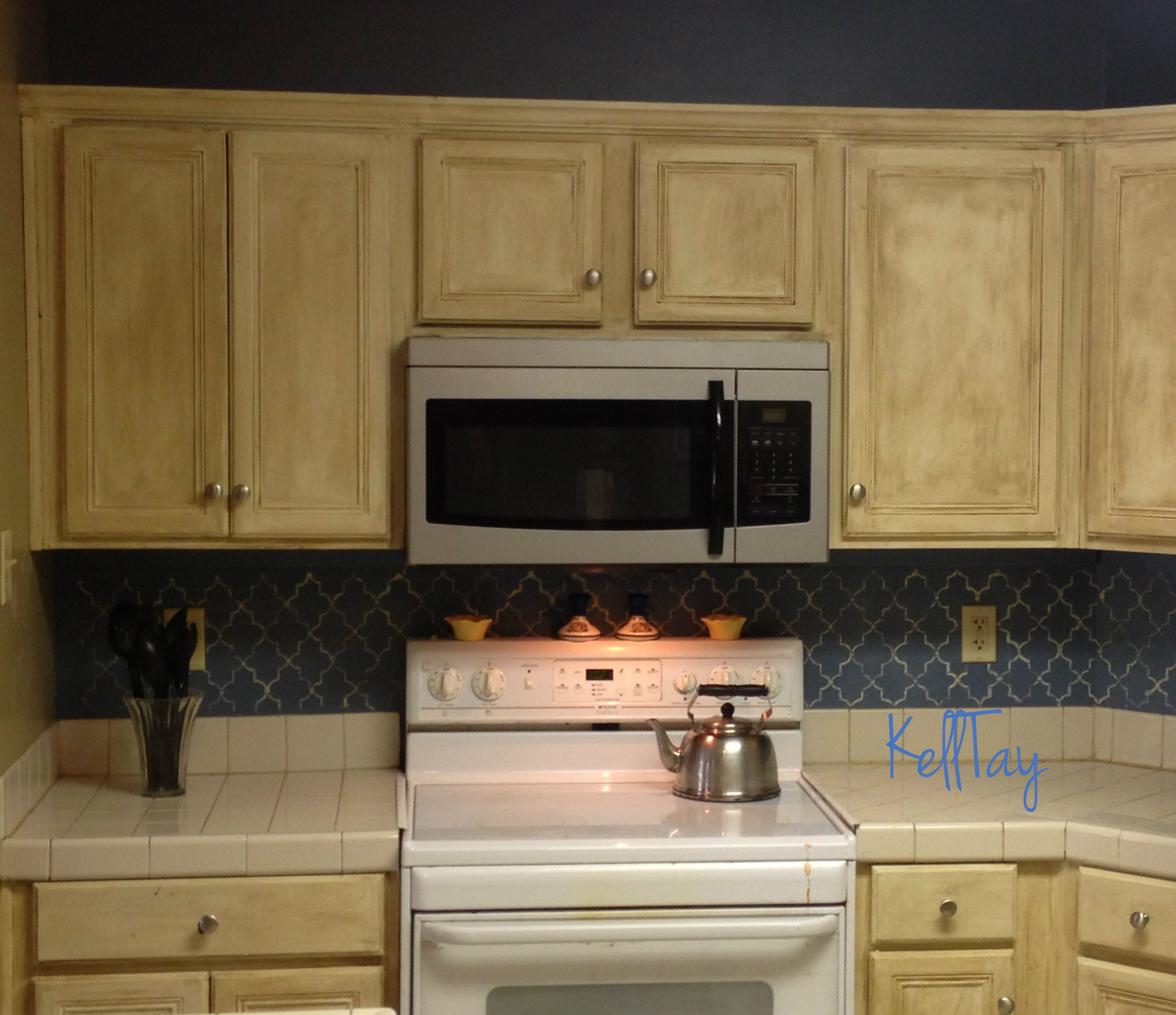 Furniture renewal kitchen cabinets kelltay faith folk for Renew it kitchen cabinets
